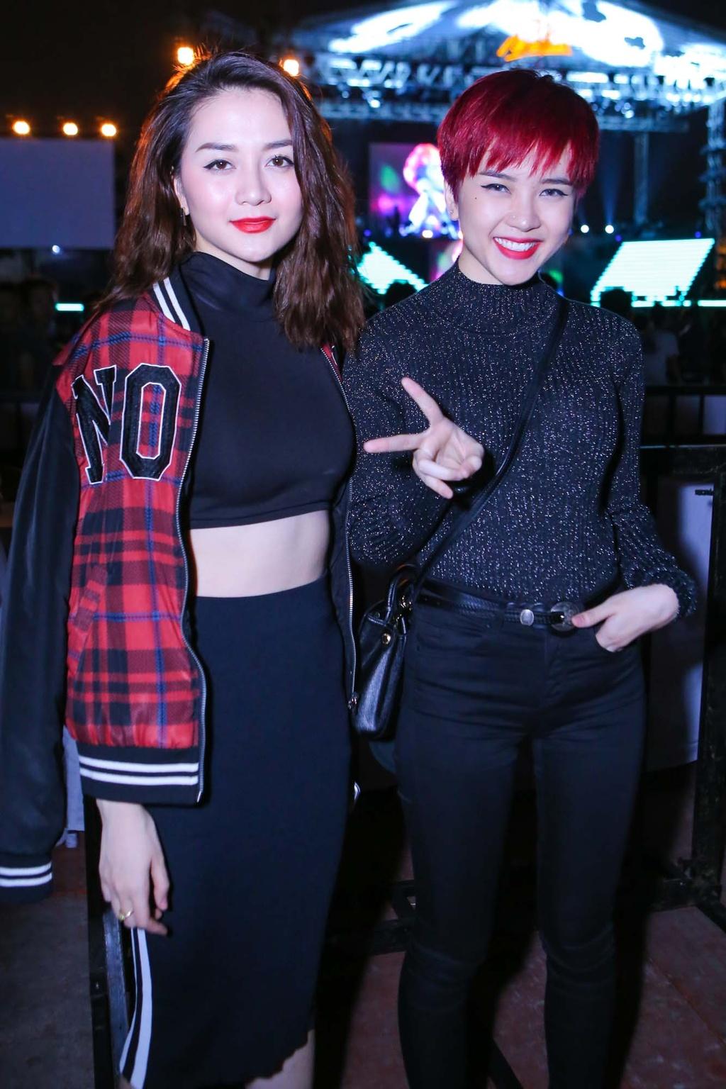 Thieu Bao Tram toi xem live show cua Son Tung hinh anh 2
