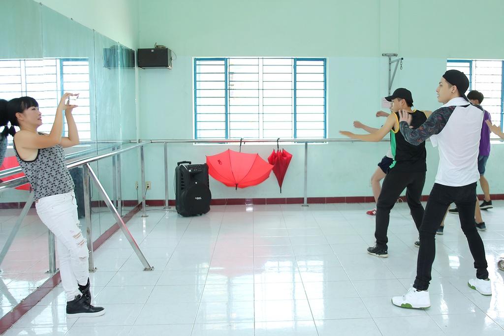 Phuong Thanh va mo hoi tap nhay cung Noo Phuoc Thinh hinh anh 5