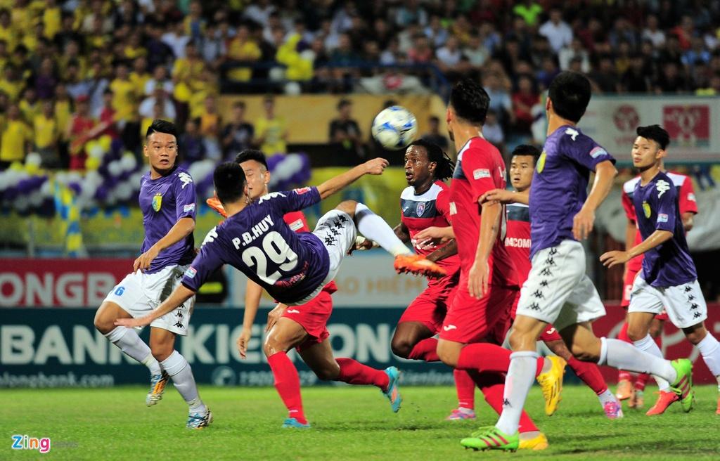 Quang Ninh vuot qua Ha Noi T&T doat Cup Quoc gia 2016 hinh anh 2