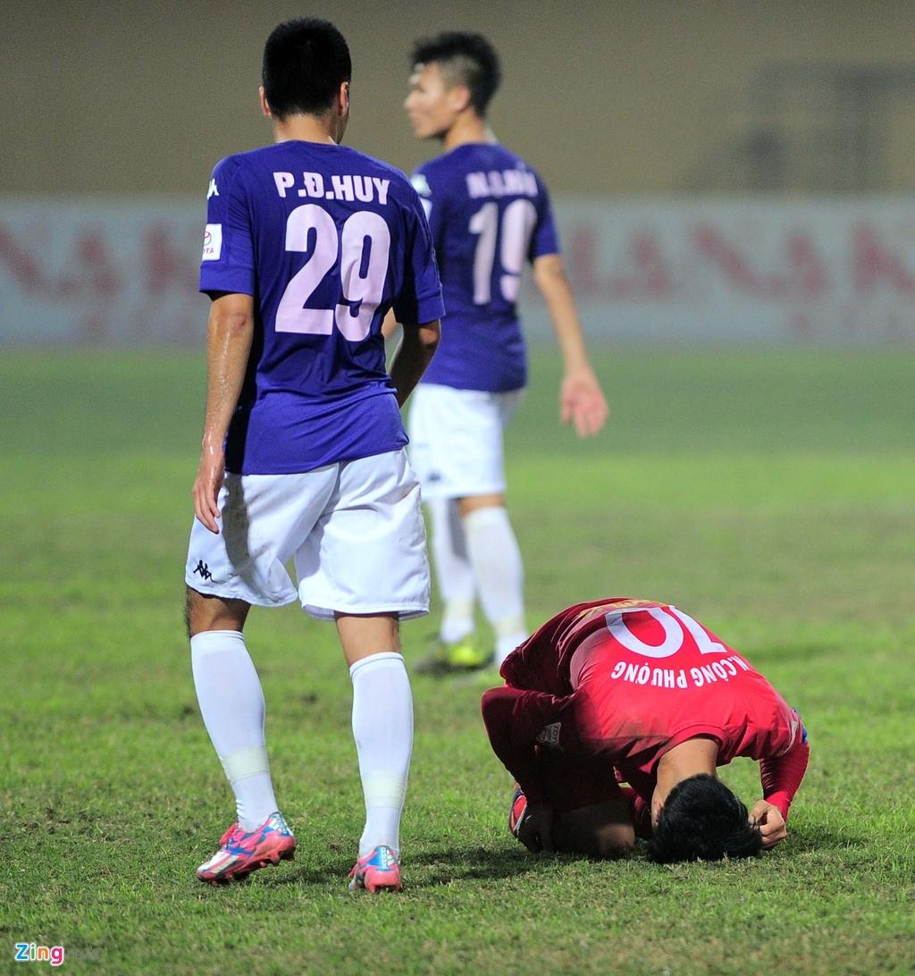 Cong Phuong guc xuong san anh 8