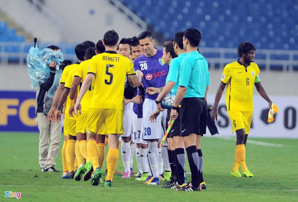Thang 4-0, Gonzalo van an mung kieu Dinh Luat hinh anh 2