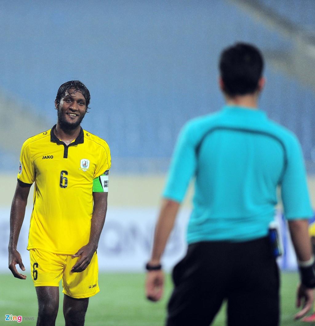 Thang 4-0, Gonzalo van an mung kieu Dinh Luat hinh anh 11