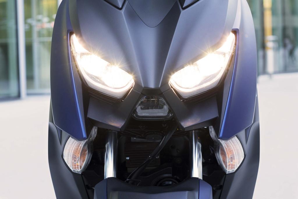 Yamaha X-Max 400 2018 - xe tay ga do thi co lon hinh anh 3