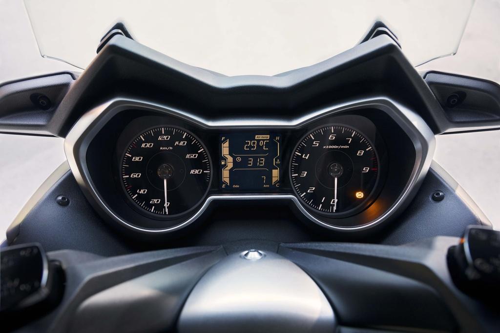 Yamaha X-Max 400 2018 - xe tay ga do thi co lon hinh anh 4