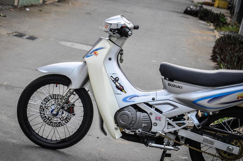 Suzuki 'xi po' do 200 trieu tien do choi tai Can Tho hinh anh 7