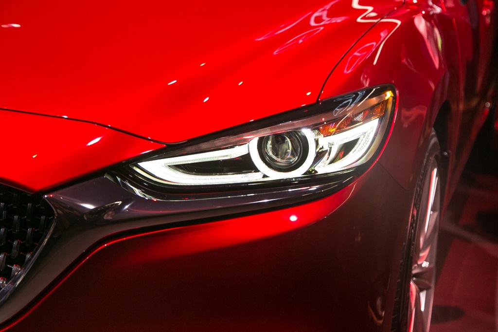 Mazda6 2018 ra mat, doi dau Toyota Camry hinh anh 3