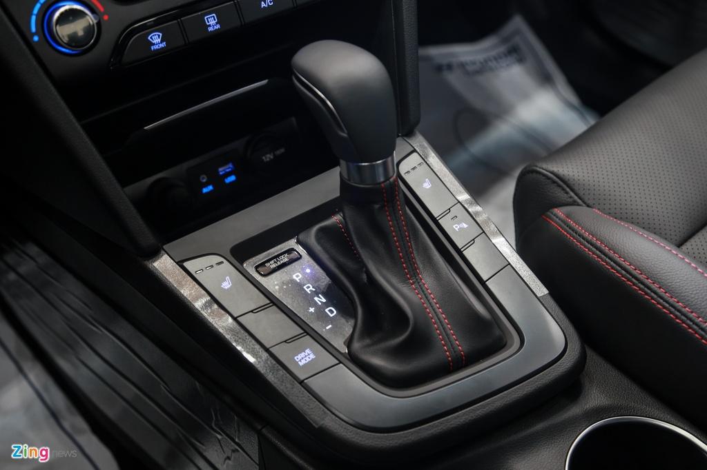 Chi tiet Hyundai Elantra Sport gia 729 trieu dong tai Viet Nam hinh anh 8