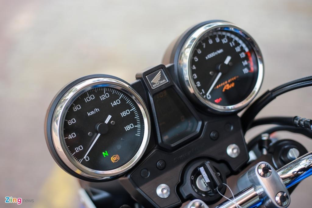 Honda CB400 SF 25th Anniversary gia tu 389 trieu dong tai VN hinh anh 5