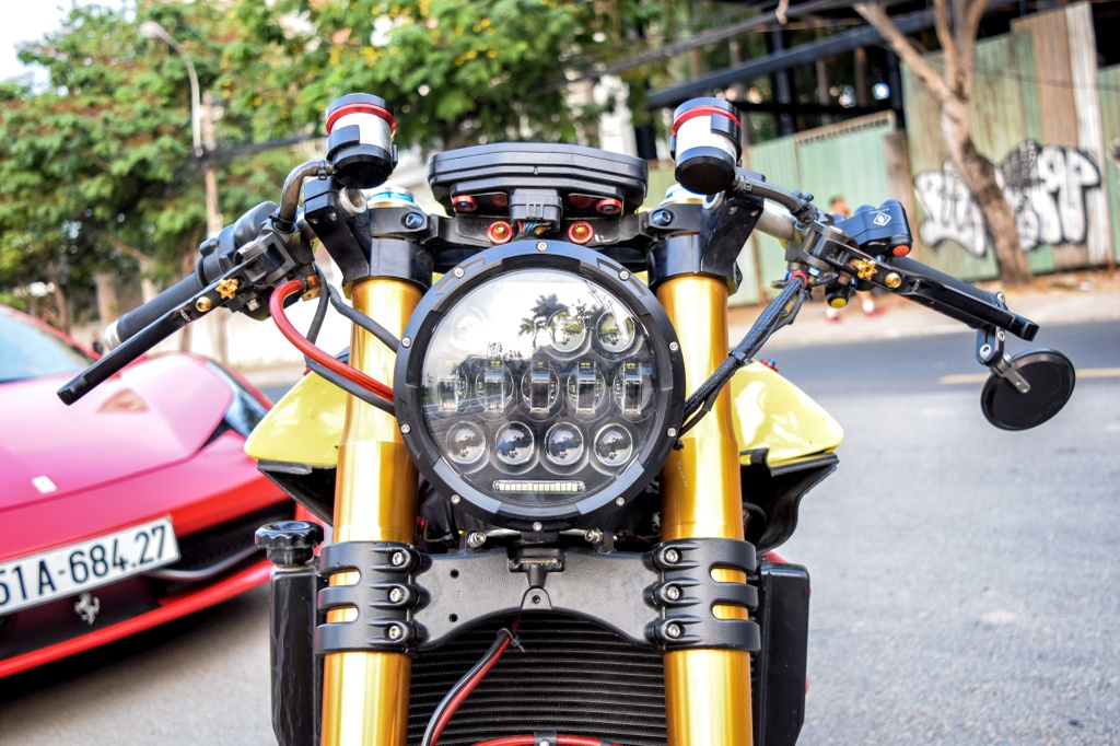 Ducati Panigale 1199 S do cafe racer ve tay dai gia Sai Gon hinh anh 2