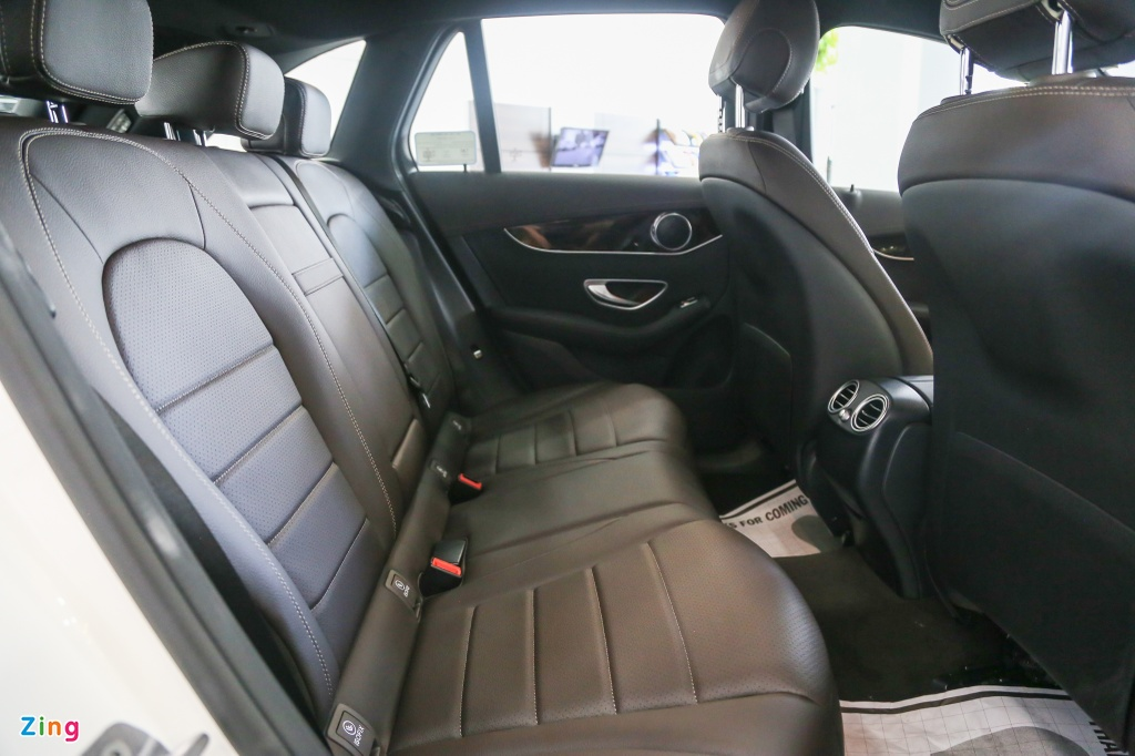 Chi tiet Mercedes-Benz GLC 200 ban som o VN, gia hon 1,6 ty dong hinh anh 11