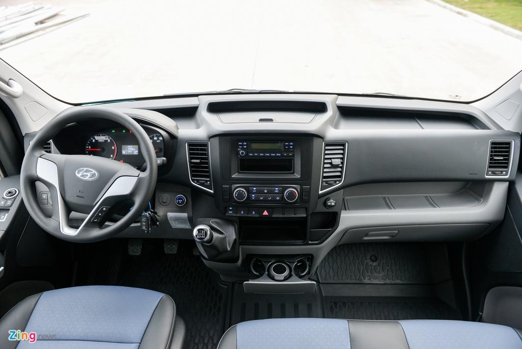 gia Hyundai Solati anh 8