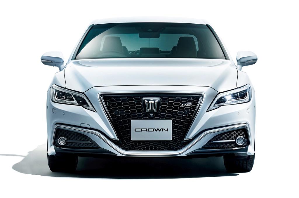 Toyota Crown 2018 - khi hang binh dan san xuat sedan hang sang hinh anh 2