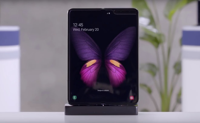 Galaxy Fold doi dau Huawei Mate X - dai chien man hinh gap hinh anh 1