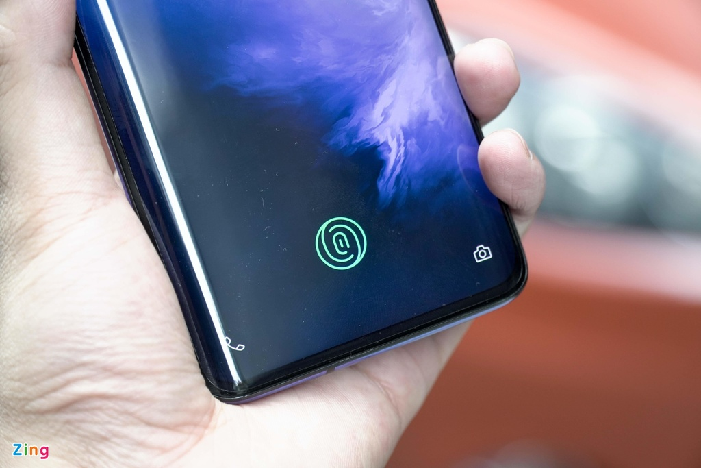 danh gia OnePlus 7 Pro anh 2