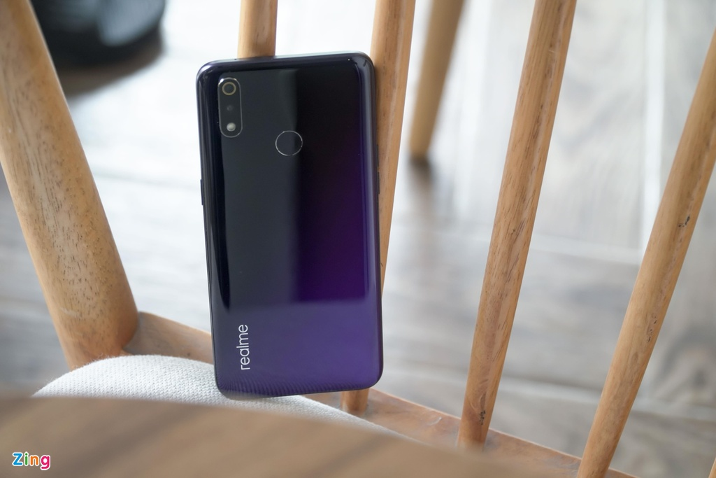 Chi tiet Realme 3 Pro - Snapdragon 710, sac nhanh VOOC 3.0 hinh anh 3