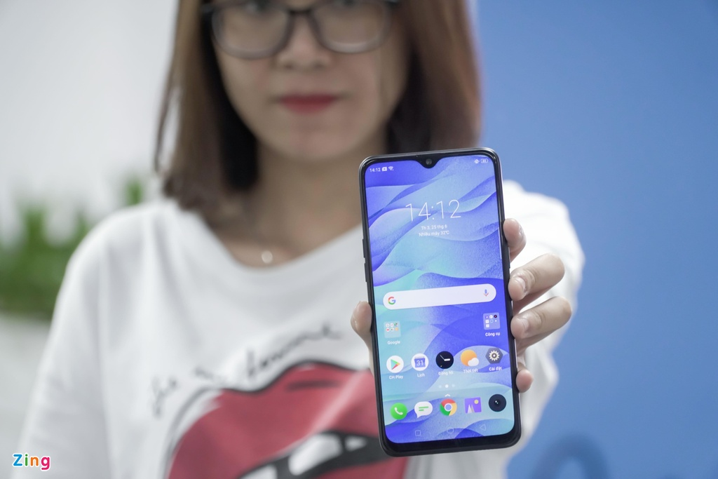 Chi tiet Realme 3 Pro - Snapdragon 710, sac nhanh VOOC 3.0 hinh anh 1
