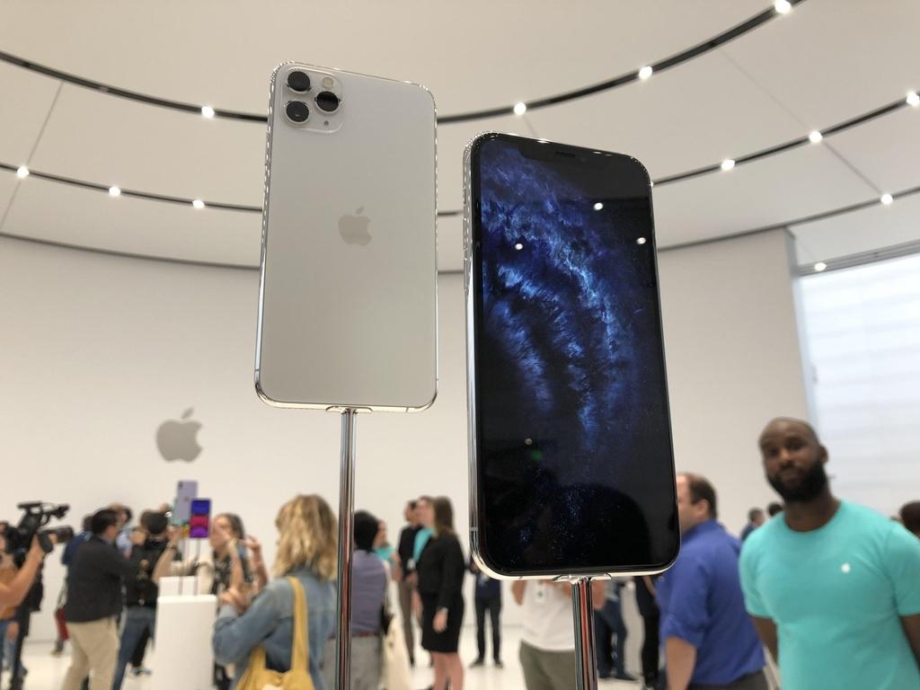 iPhone 11 chinh hang o VN cao nhat 44 trieu dong, ban cuoi thang 10 hinh anh 2