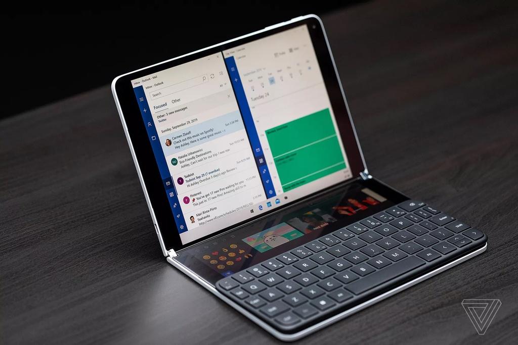 Microsoft ra mat laptop 2 man hinh, mong kinh ngac hinh anh 1