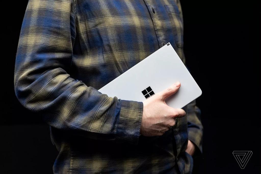 Microsoft ra mat laptop 2 man hinh, mong kinh ngac hinh anh 6