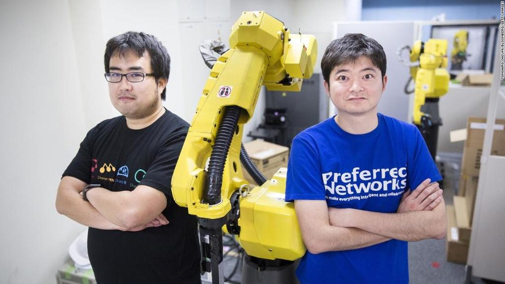 Vì sao Nhật Bản thất bại trong cuộc đua công nghệ so với Mỹ