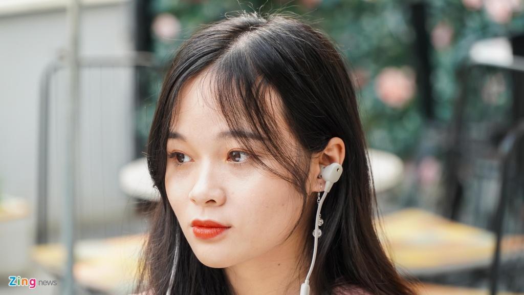 AirPods Pro doi dau Sony WI-1000XM2: 7 trieu chon tai nghe nao? hinh anh 4 DSC03896_zing.jpg