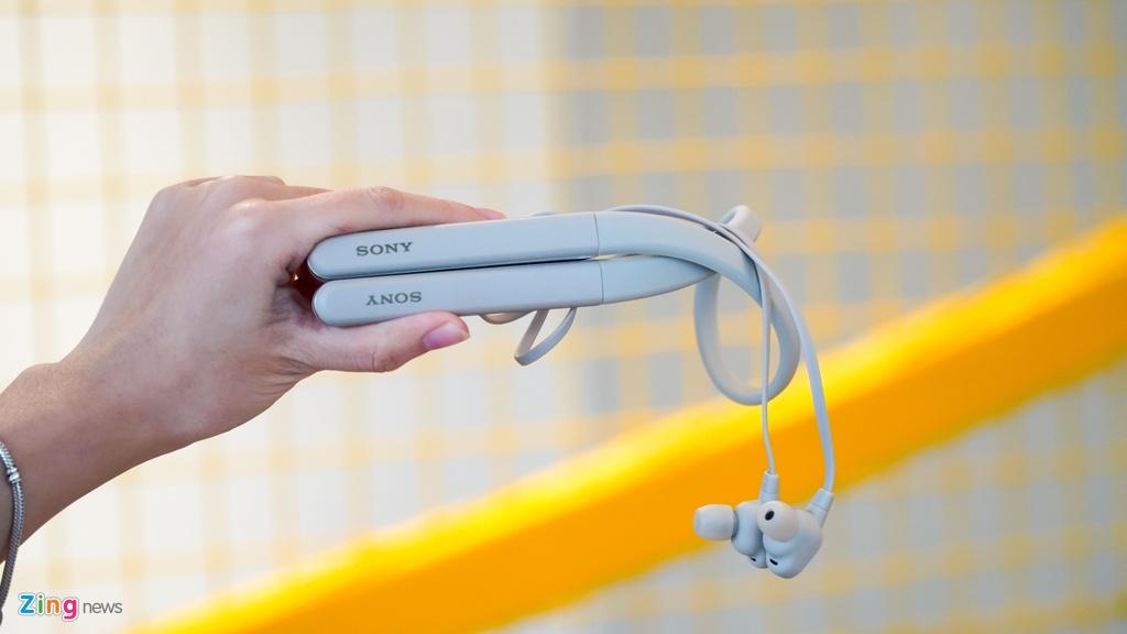 AirPods Pro doi dau Sony WI-1000XM2: 7 trieu chon tai nghe nao? hinh anh 2 DSC03984_zing.jpg