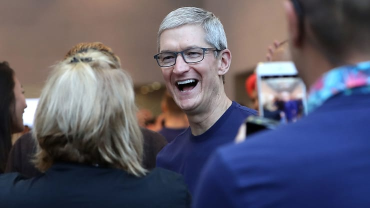 Apple 'lot xac' ra sao duoi thoi Tim Cook? hinh anh 1 105371920_1533224370844tim.jpg