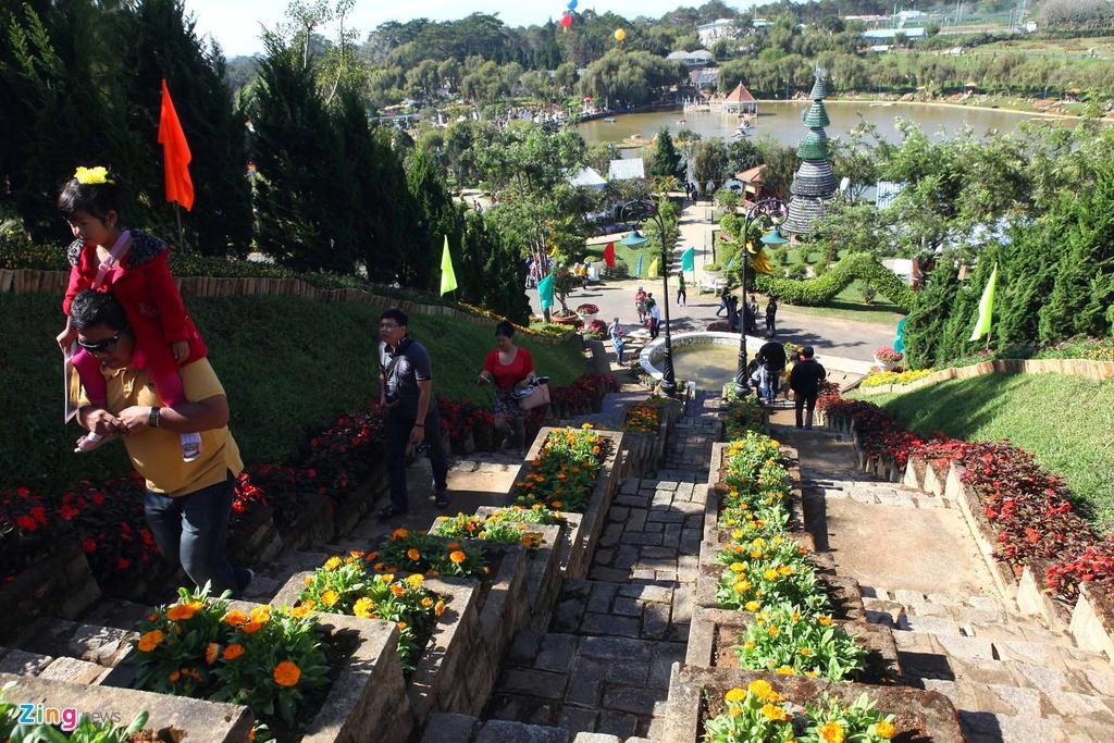 Sac mau ruc ro o festival Hoa Da Lat 2015 hinh anh 9
