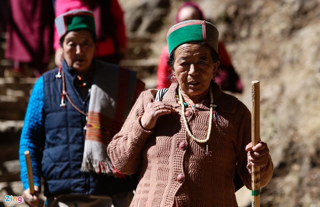 chinh phuc Tiger Nest Bhutan anh 13