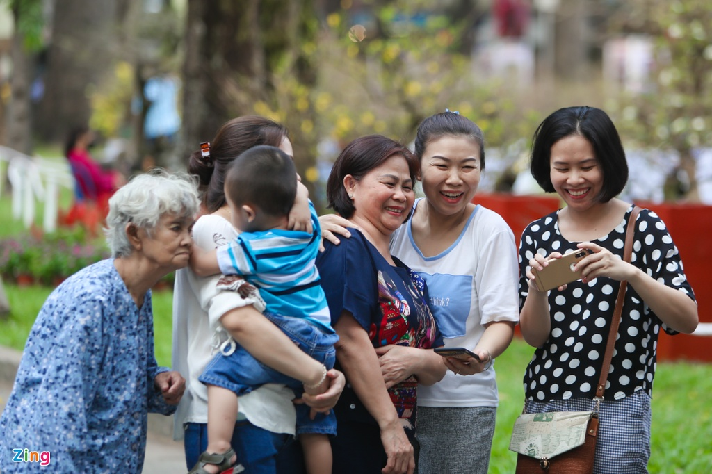 Hang nghin nguoi dao choi Hoi hoa xuan Tao Dan hinh anh 13