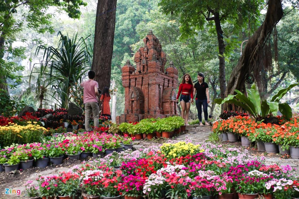 Hang nghin nguoi dao choi Hoi hoa xuan Tao Dan hinh anh 17