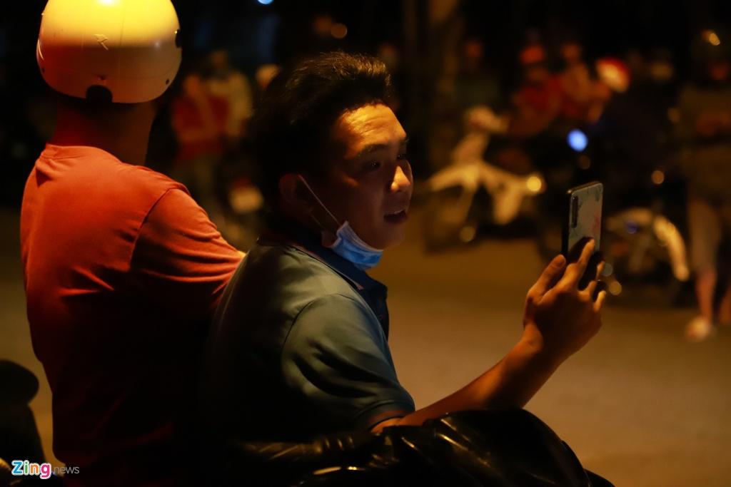 Doi quan livestream deo bam hien truong tieu diet Tuan 'Khi' hinh anh 5 9_zing.jpg
