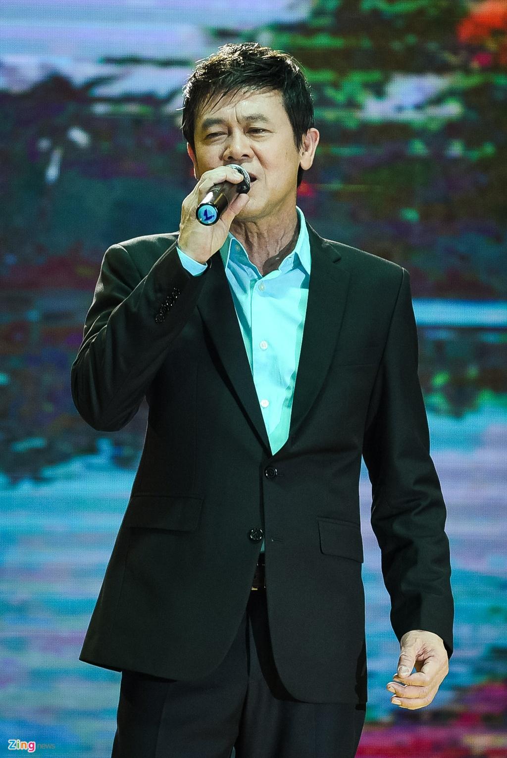 Hinh anh Live show Quach Tuan Du anh 16