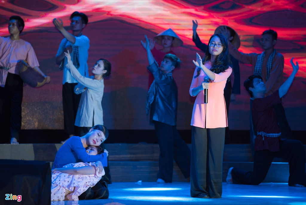 Hinh anh Live show Quach Tuan Du anh 11