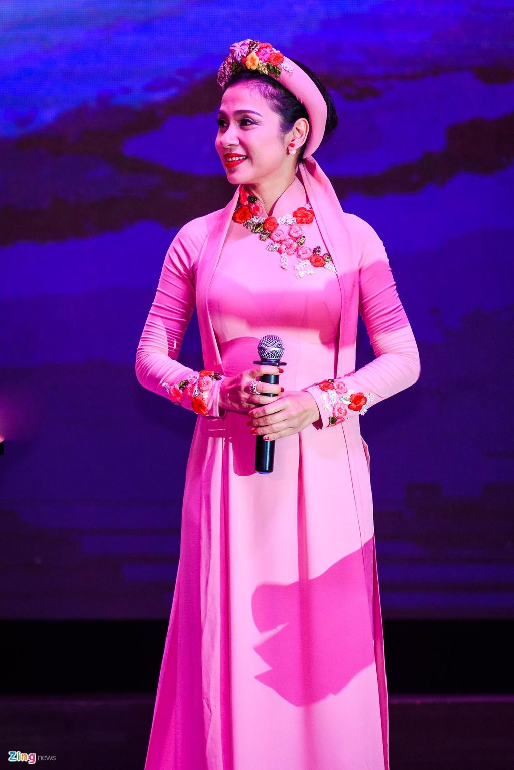 Hinh anh Live show Quach Tuan Du anh 10