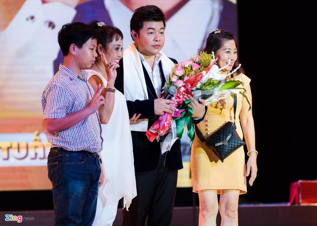 Hinh anh Live show Quach Tuan Du anh 8