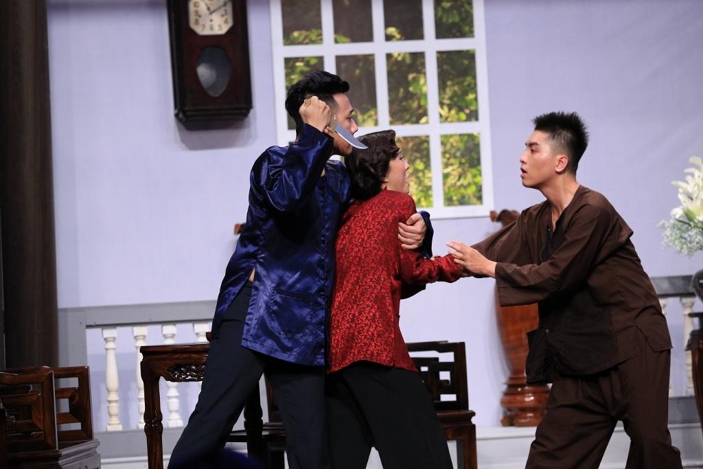 Tran Thanh hoa thang kho lay nuoc mat nguoi xem o On gioi hinh anh 13