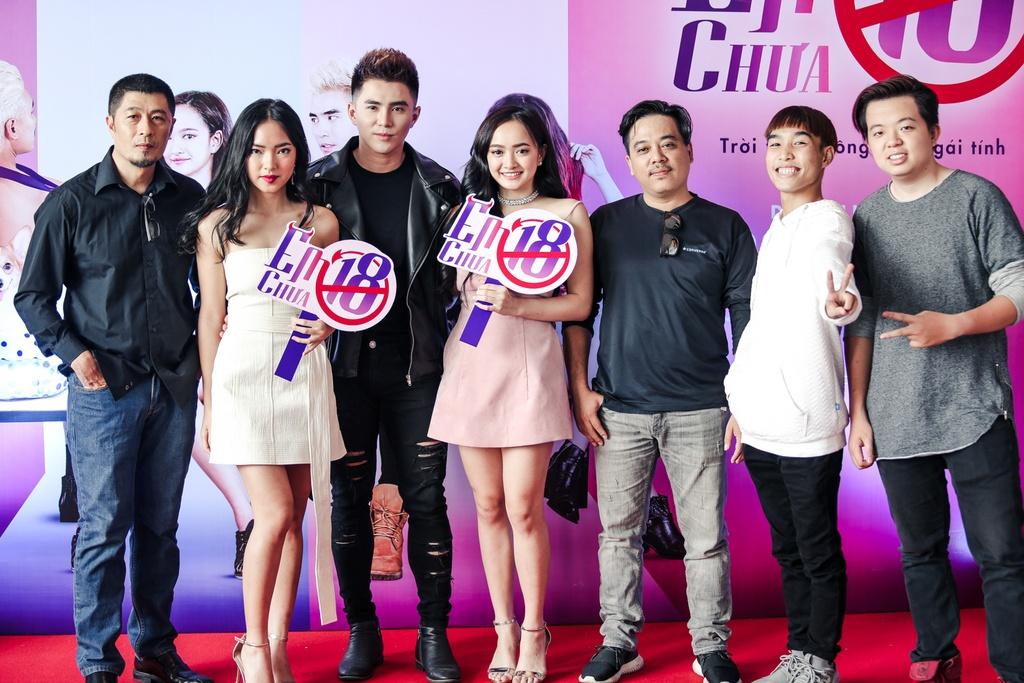 Kieu Minh Tuan so dong 'canh nong' voi dien vien chua du 18 tuoi hinh anh 1