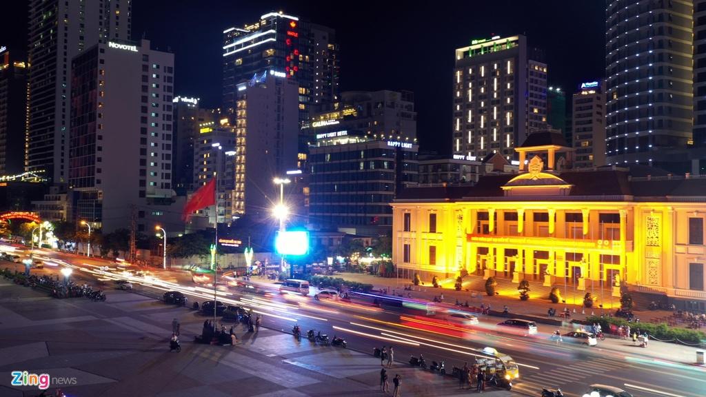 Condotel, khach san cao tang chen chuc doc bo bien Nha Trang hinh anh 11 Condotel, khách sạn cao tầng chen chúc dọc bờ biển Nha Trang Condotel, khách sạn cao tầng chen chúc dọc bờ biển Nha Trang nhatrang zing 13