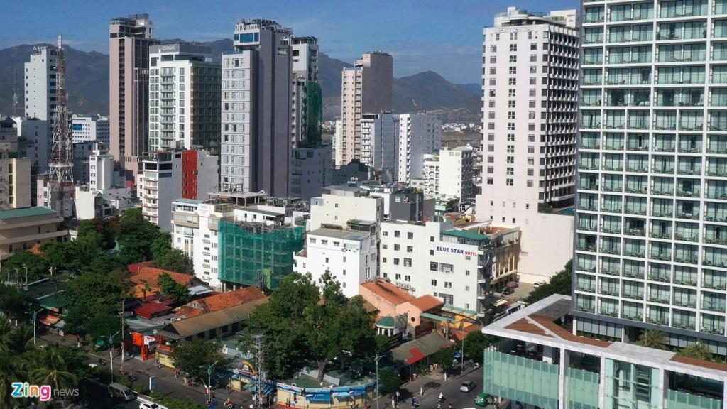 Condotel, khach san cao tang chen chuc doc bo bien Nha Trang hinh anh 9 Condotel, khách sạn cao tầng chen chúc dọc bờ biển Nha Trang Condotel, khách sạn cao tầng chen chúc dọc bờ biển Nha Trang nhatrang zing 31