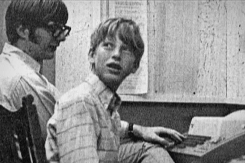 40 nam Bill Gates thay doi the gioi cung Microsoft hinh anh 1 1968_korul_bill_gates_programozni_tanul.jpeg