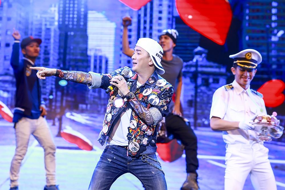 Show Mr. Dam tai Ha Noi gay an tuong voi san khau bieu dien hinh anh 8