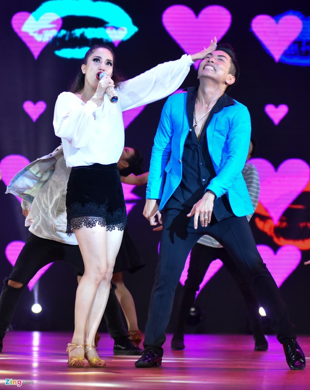 live show 25 nam Khanh Thi anh 7