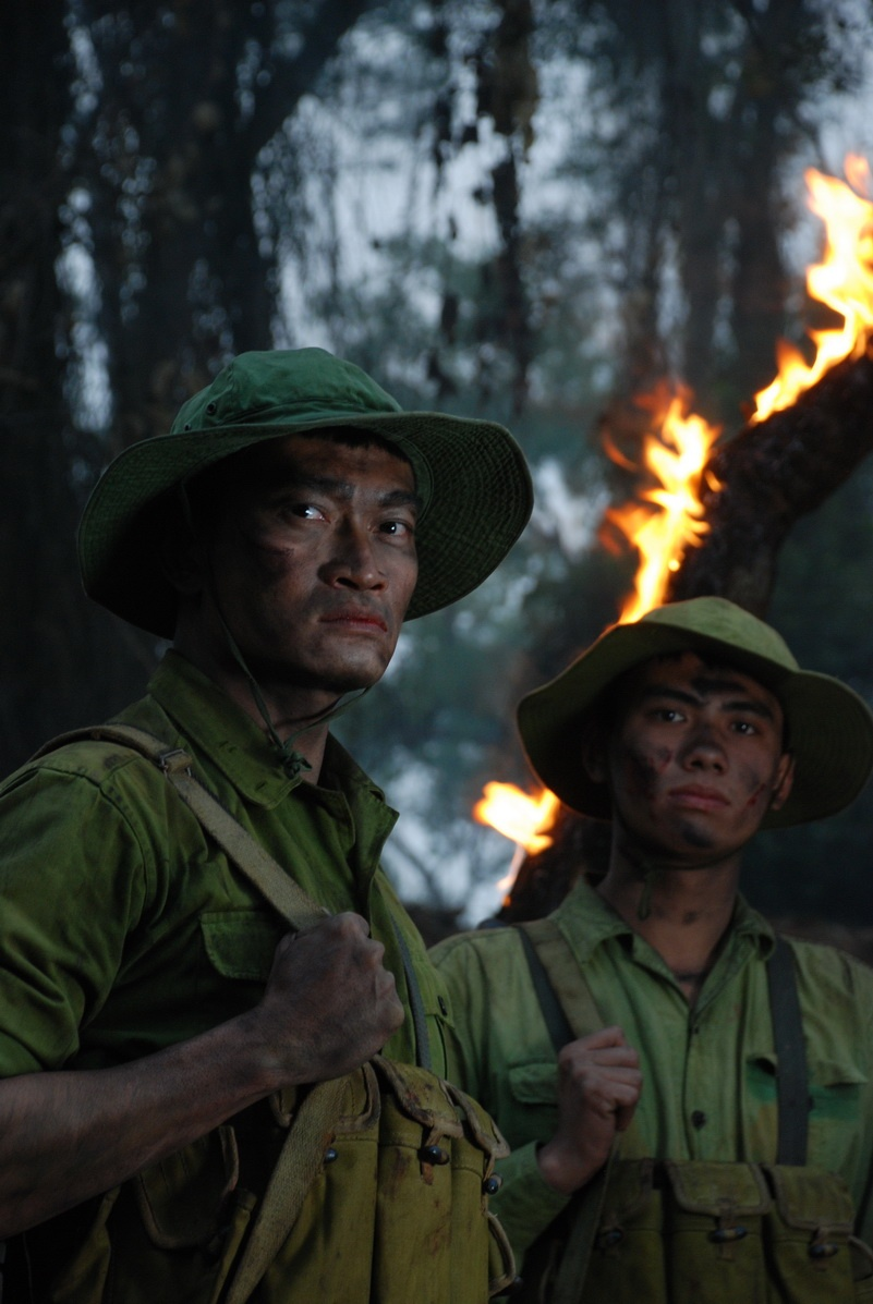 Mon no lich su qua lon, phim Viet khi nao co 'bom tan chien tranh'? hinh anh 2
