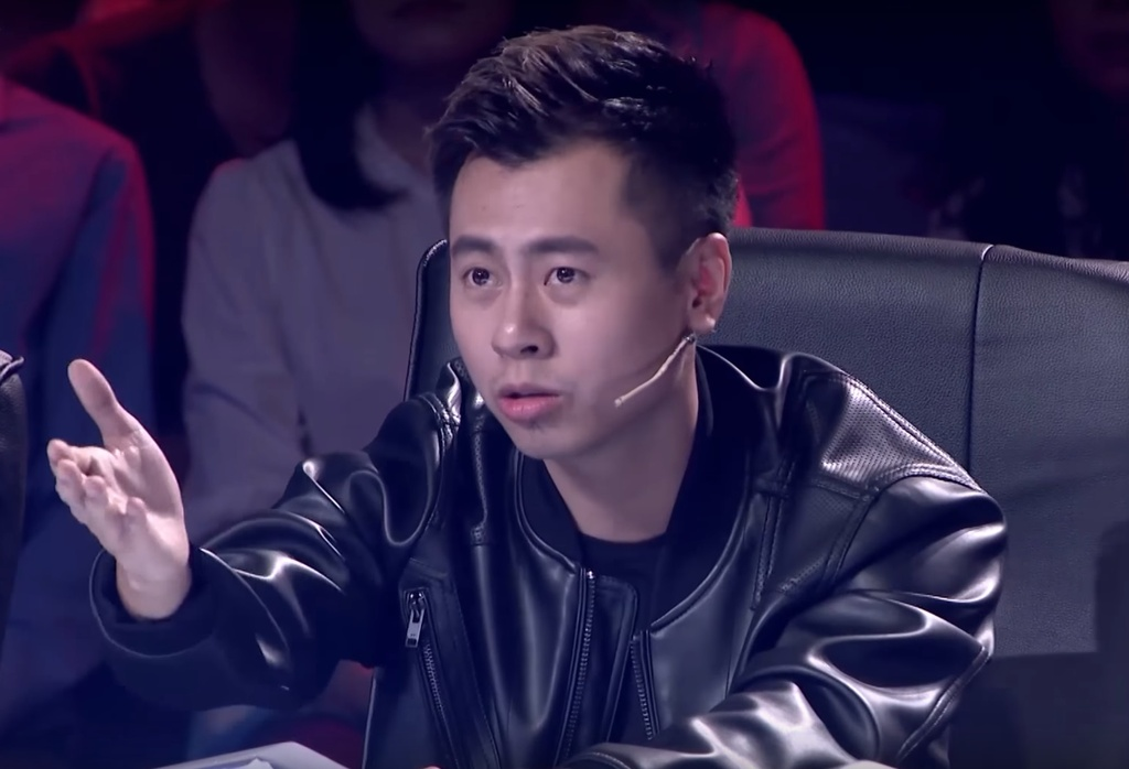 Duong Cam lan dau 'lac troi' vao ghe nong game show: 'That bat ngo' hinh anh 2