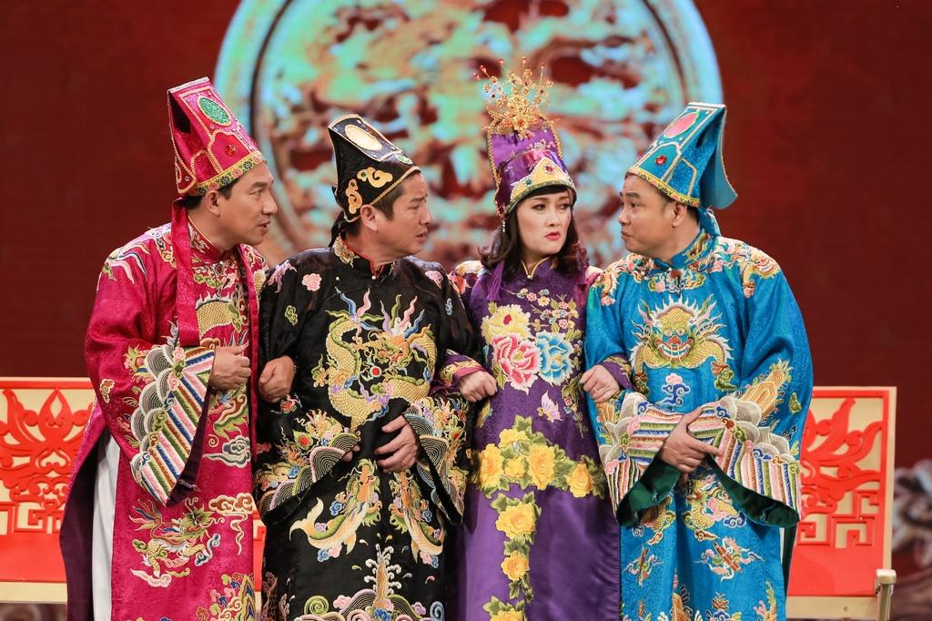 Chuyen ve nhung nghe si 'danh ca thanh xuan de lam Tao Quan' hinh anh 3