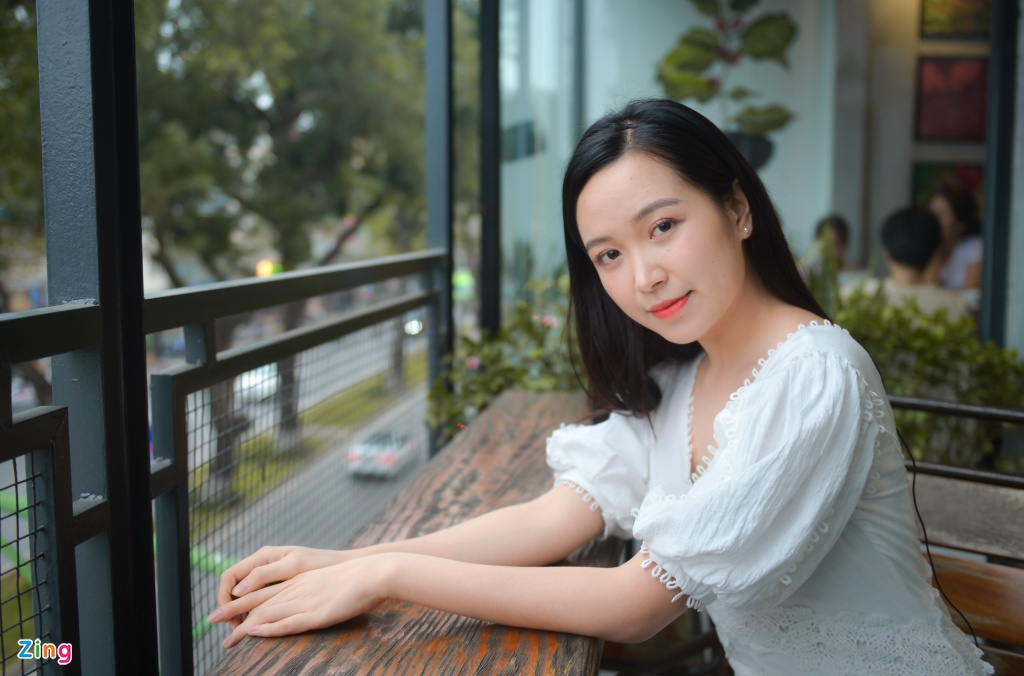 Nu thu khoa 9X truong Dien anh: 'Muon co canh hon voi NSUT Cong Ly' hinh anh 4