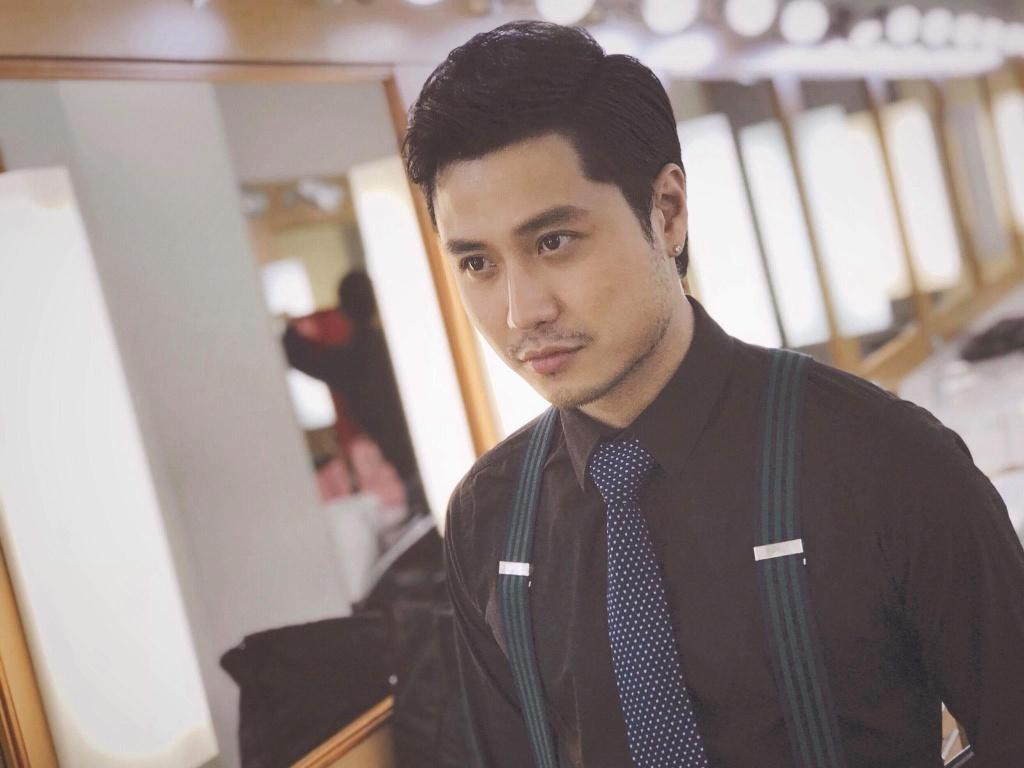 My nam 9X cua VTV: 'Cho doi duoc dong canh nong nhu trong 50 sac thai' hinh anh 1