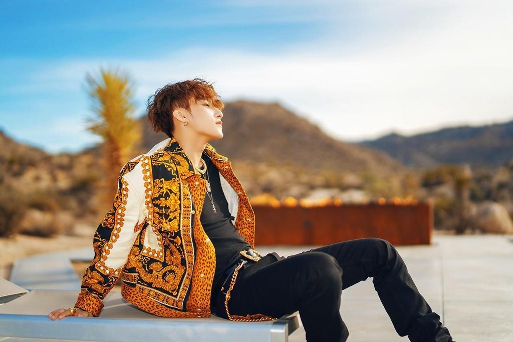'Hay trao cho anh' - Son Tung M-TP thoat bong G-Dragon va Kpop hinh anh 1