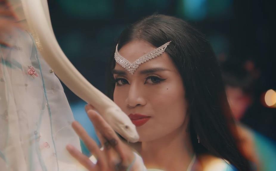 'Truyen thai y' - Ngo Kien Huy khong con bi lang quen hinh anh 3